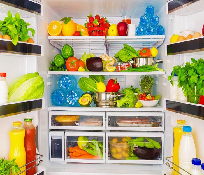 Rã đông bằng ngăn mát tủ lạnh là phương pháp an toàn