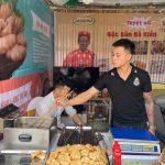 Chả mực Bá Kiến tại hội chợ Đặc sản vùng miền Việt Nam 2020